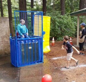 summerfest-2016-dunk-tank-1